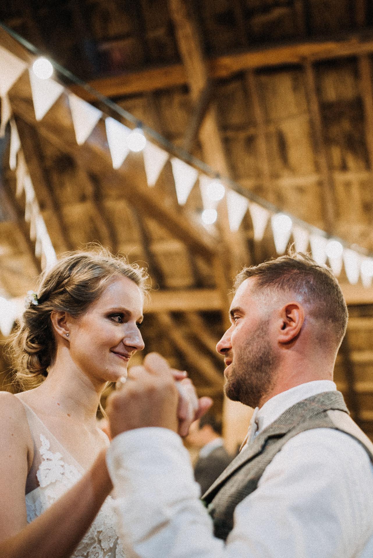 dance bride groom barn light