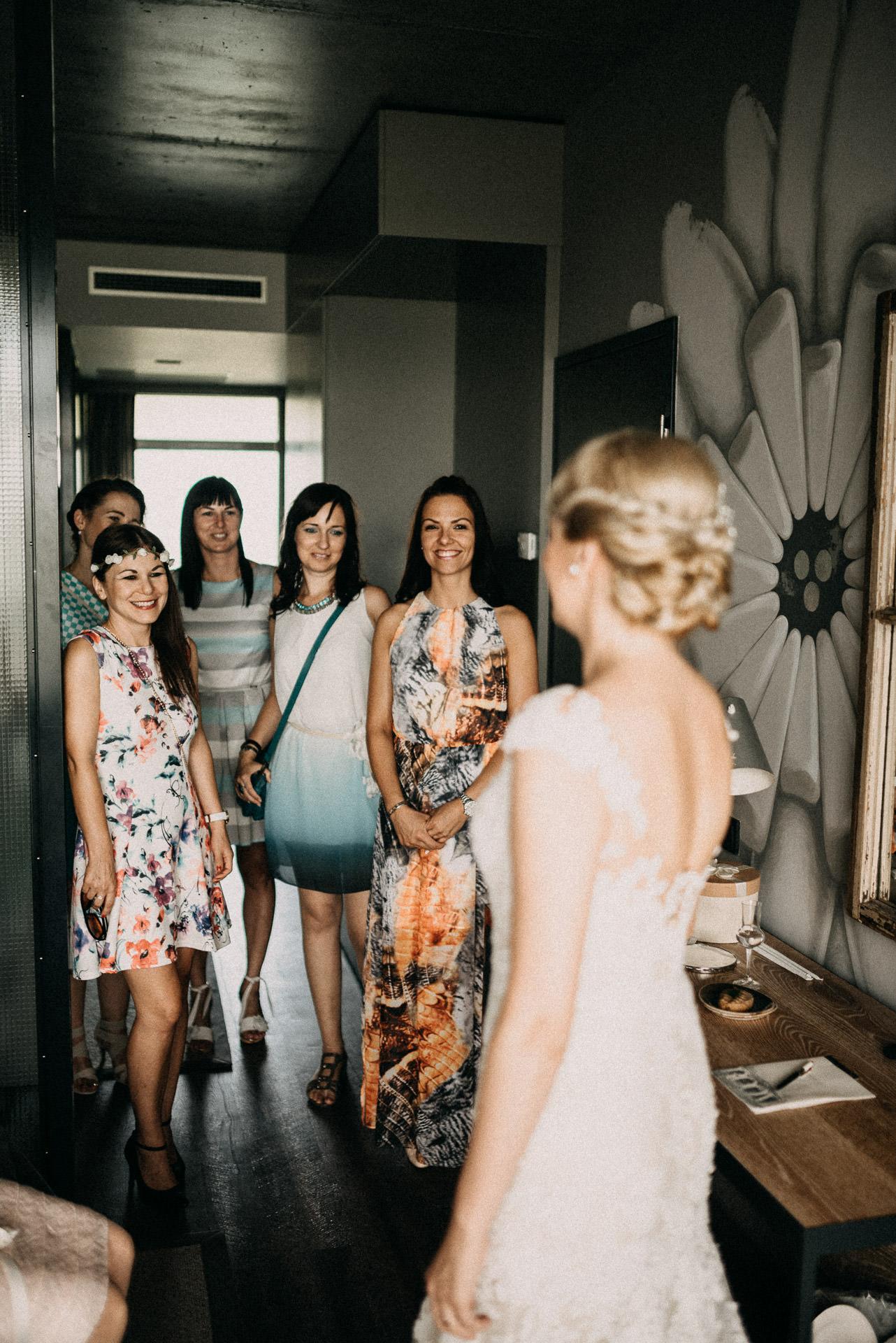 bridesmaids bride getting ready
