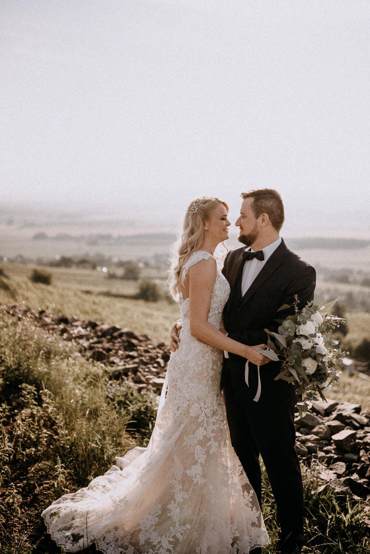 couple shoot bride groom somlo hill