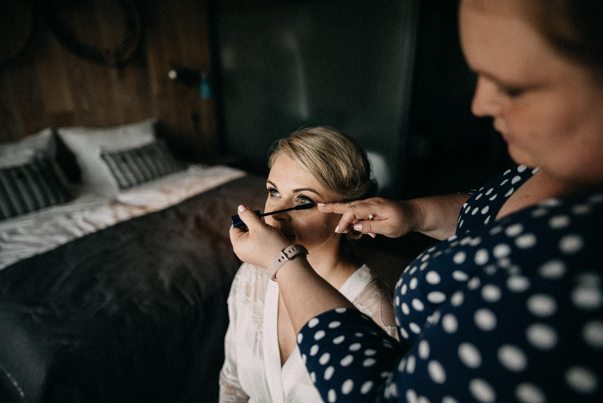 sminkeles szempilla keszulodes menyasszony