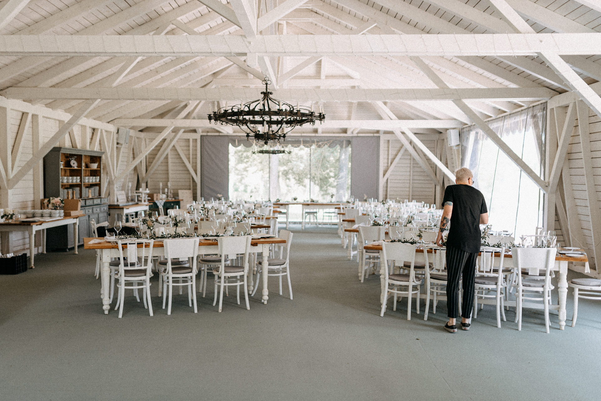 baberliget kuria eskuvo vintage feher wedding