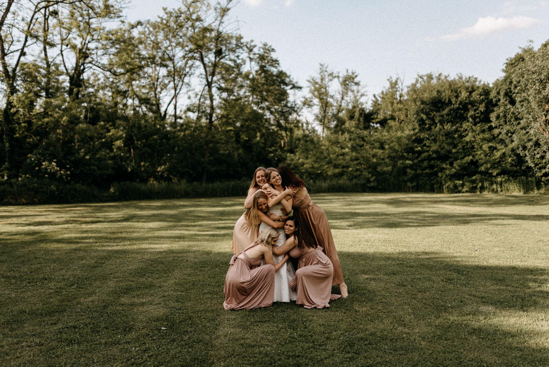 baberliget kuria eskuvo bridesmaids koszoruslanyok