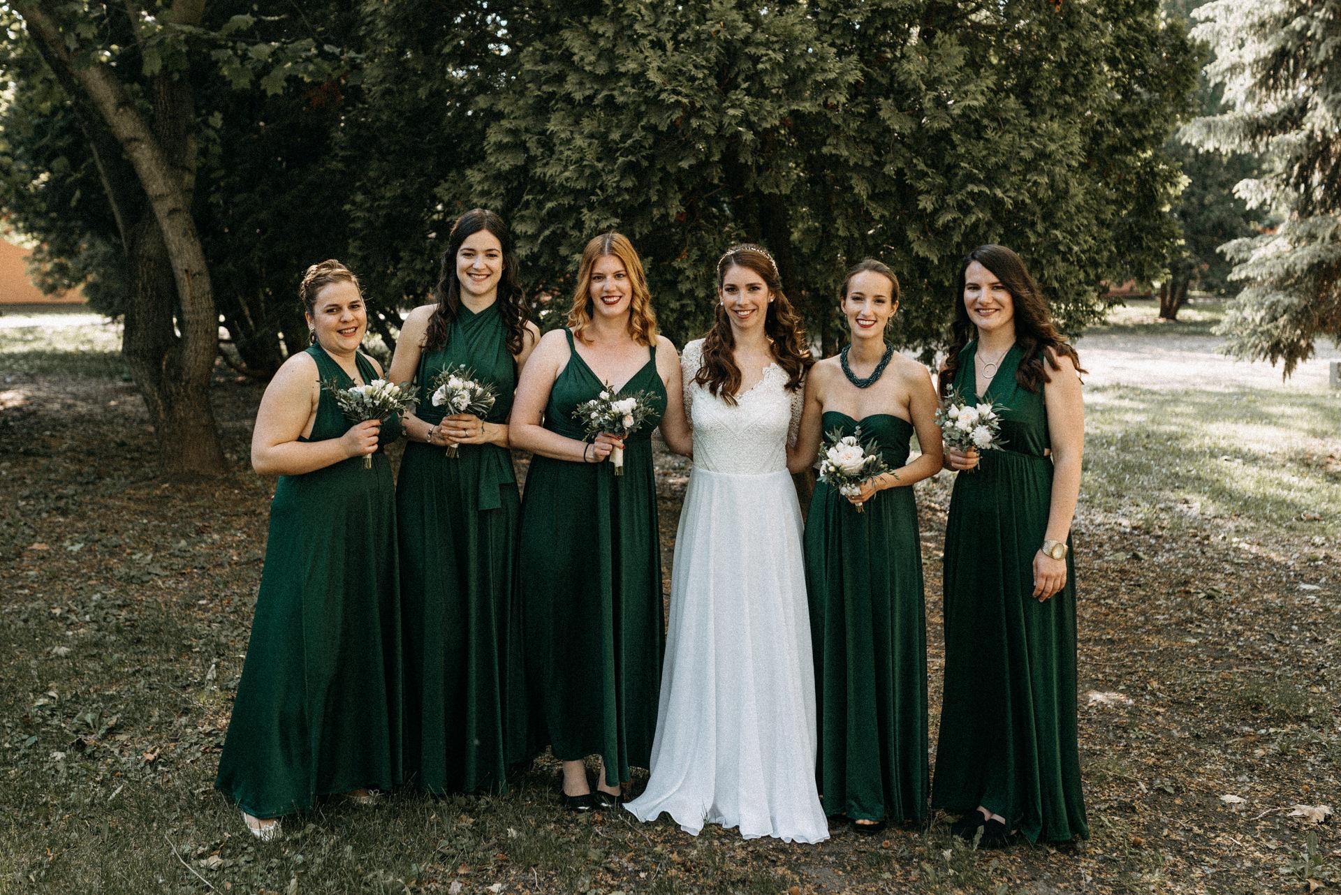 koszoruslanyok menyasszony bridesmaids bride balaton