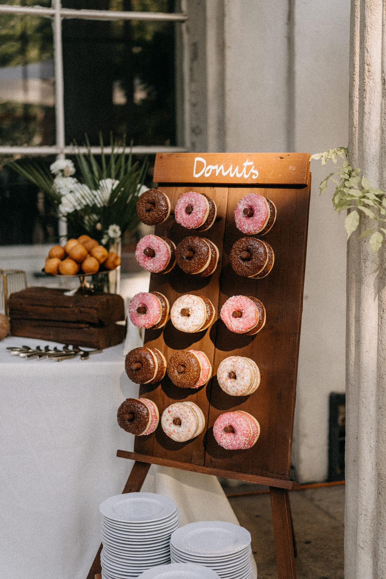 elte fuveszkert eskuvo wedding fank donut