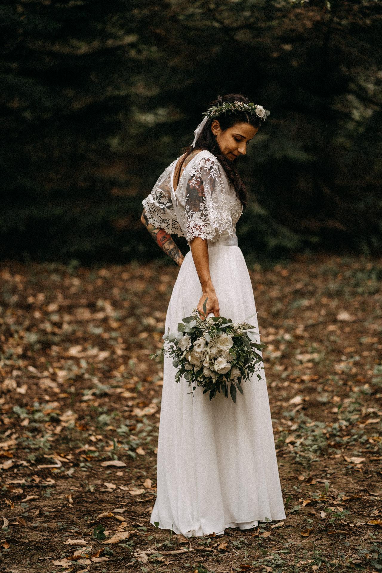 tundererdo eskuvo wedding forest erdo menyasszony